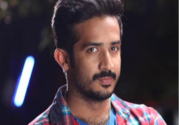 Telugu TV Anchor Ravi Stuck In Case-