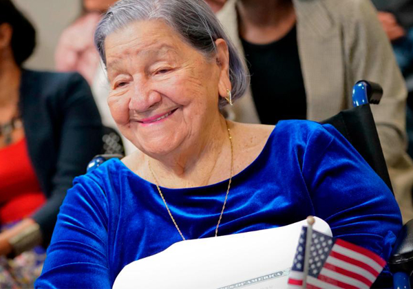 106-year-old Woman Becomes US Citizen-
