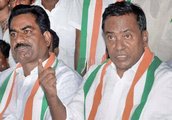 Elections In Telangana Heats Up With The Rebels-Mutyam Srinivasa Reddy Rebels Vijaya Ramarao