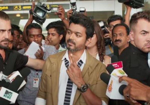Sarkar Movie Effect: Vijay Fan Breaks 'Amma' Laptop Video Goes Viral-