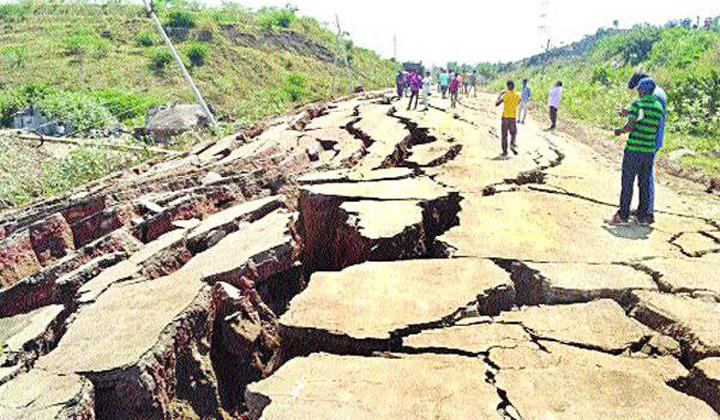 Polavaram Project Road Damaged Due Environmental Changes--Polavaram Project Road Damaged Due Environmental Changes-