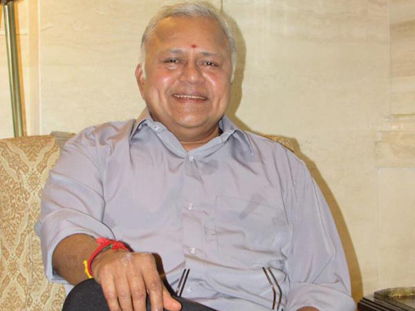 Chinmayi About Radha Ravi-Chinmayi Ravi