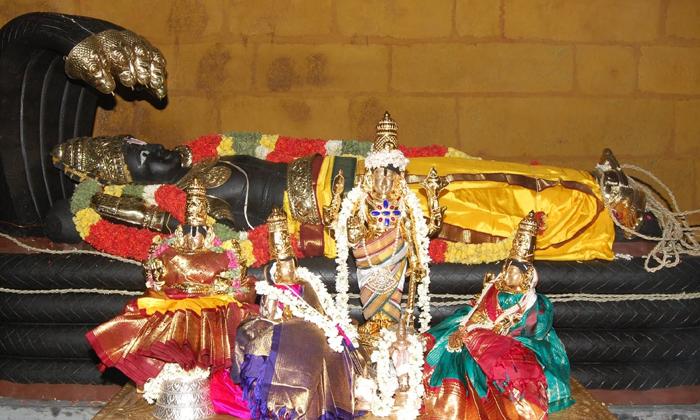 Important Things To Do On Vaikunta Ekadasi--Important Things To Do On Vaikunta Ekadasi-