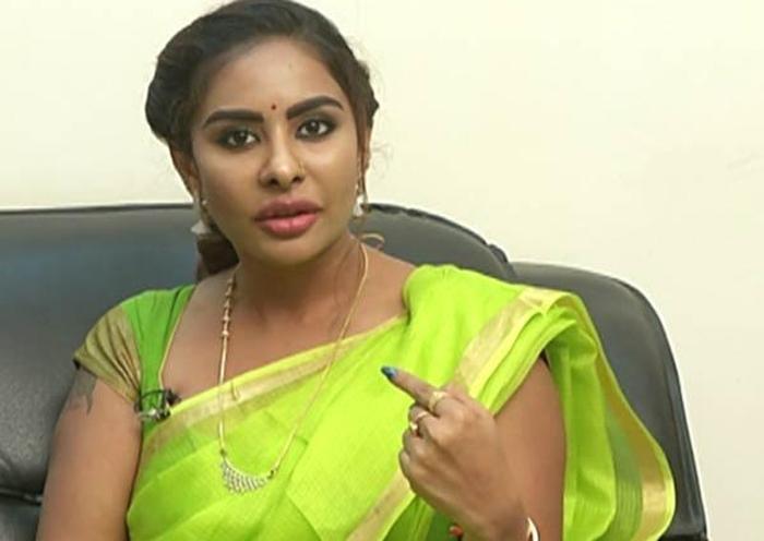 Sri Reddy Viral Post In Social Media-Sri Viral Media