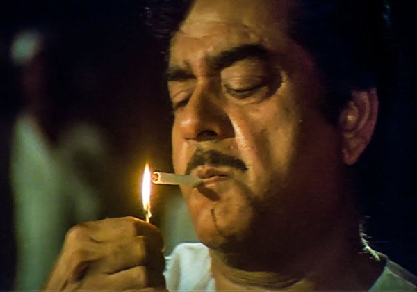 Unknown Facts About Rajinikanth Smoking Style-Director Shankar Rajani Kanth Rajinikanth Style Satrugnasinha