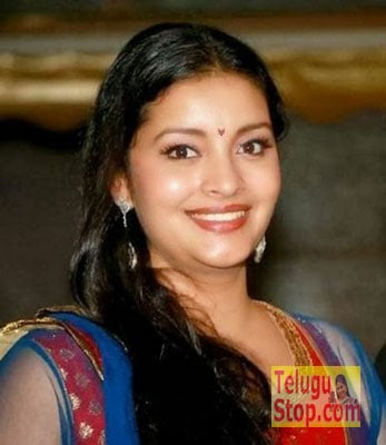 Renu Desai Actress Profile & Biography