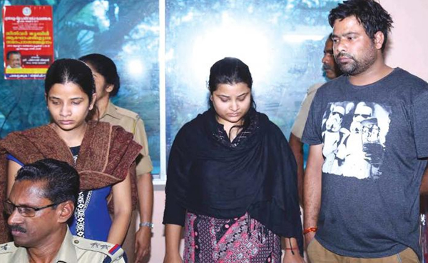 Con Bride Who Married And Duped 11 Men In Kerala-20-day Affairs Con Kerala Lady Megha Bhargav