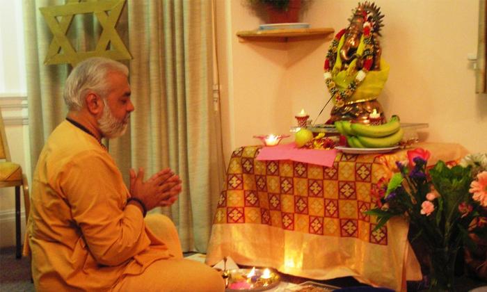 దైవానుగ్రహం పొందాలంటే పూజ ఏ సమయాల్లో చేయాలో తెలుసా, మీరు చేసే తప్పును ఇప్పటికైనా సరి దిద్దుకోండి