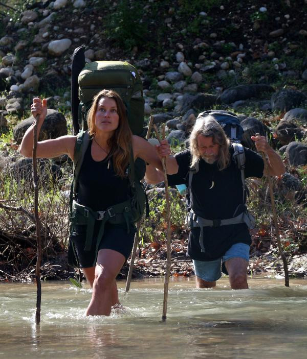 Woman Quit Modern Life To Live As A Nomad In NZ Wilderness-Miriam Lancewood Wilderness Peter Viral Social Media Wild Jungle