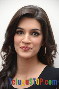 Kriti Sanon Actress Profile & Biography