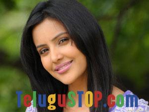 Priya Anand Actress Profile & Biography