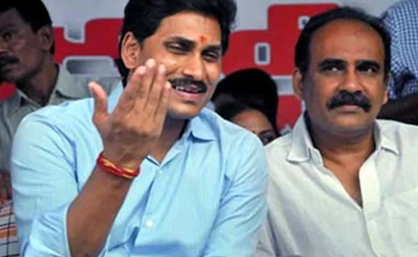 YS Jagan Dilemma About Special Status To Ask Modi-Modi Narendra Modi Tdp Ycp Ys