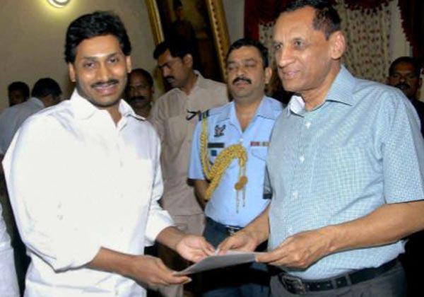 Ysrcp Cheif Jagan Meet To Governer-