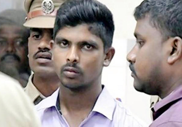 Jagan Attack Case Accused Srinivasarao Wanted To Bail-