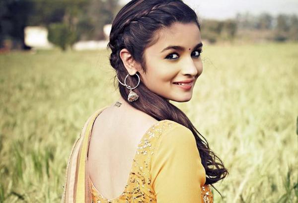 Alia Bhatt Remuneration For Rajamouli RRR Movie-Jr Ntr Rajamouli Ram Charan