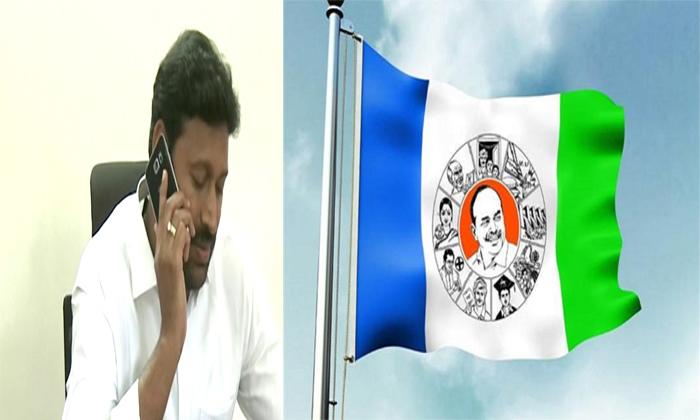 వైసీపీ నాయకులకి ఖాకీ ప్రతాపం! ప్రచారంలో పాల్గొనకుండా హౌస్ అరెస్ట్! Telugu Telivisio TV Anchors Profile & Biography