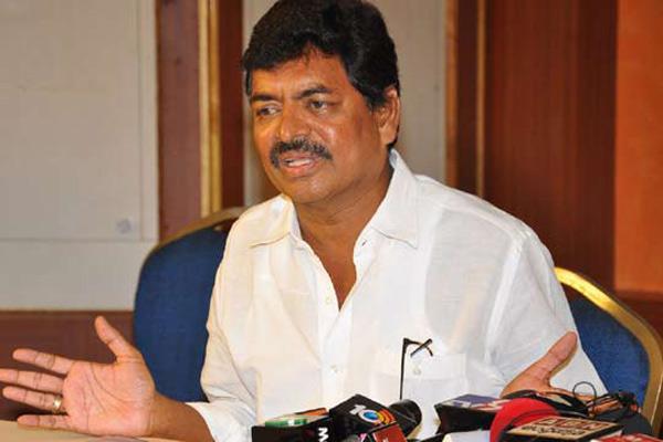 Actor Sivaji Raja Comments On Nagababu-Bheemavaram Chiranjeevi Film Industry Nagababu Pawan Kalyan Shivaji