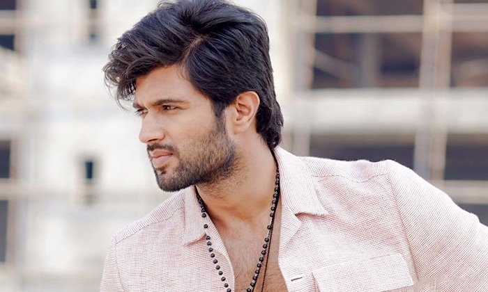 Vijaya Devarakonda Responds On Gully Boy Remake--Vijaya Devarakonda Responds On Gully Boy Remake-