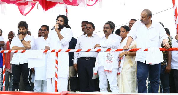 Why Allu Arjun Supports At Janasena Party Campaigning-Janasena Nagababu Pawan Kalyan