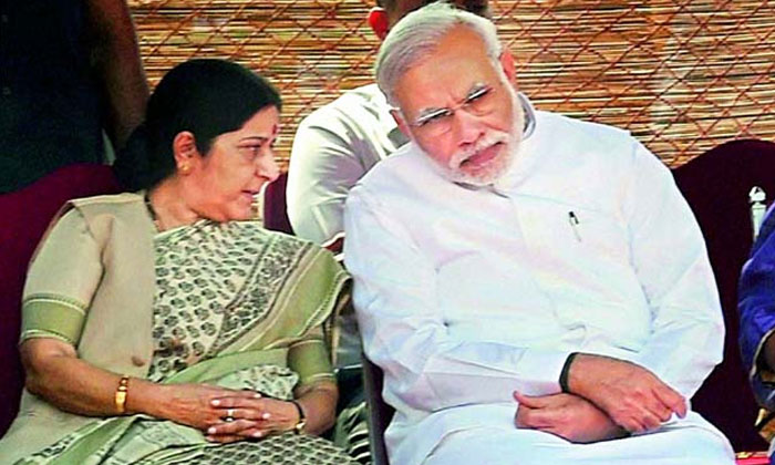 Bjp Senior Leader Sushma Swaraj Become A Governor To Telugu States--BJP Senior Leader Sushma Swaraj Become A Governor To Telugu States-