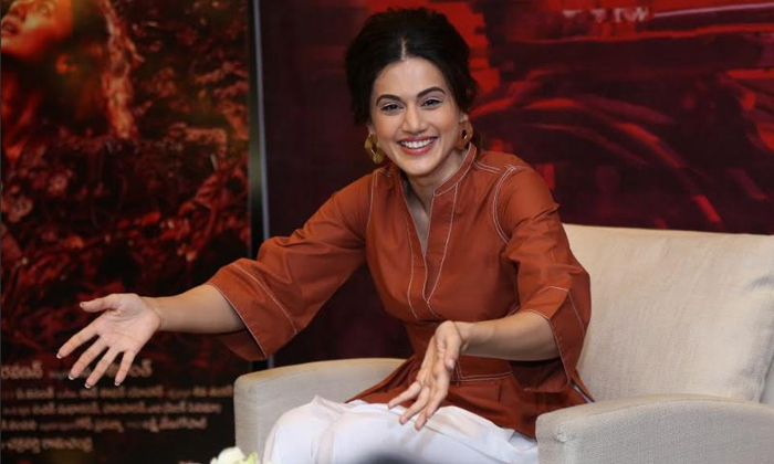 Taapsee Pannu Ready For Lip Lock--Taapsee Pannu Ready For Lip Lock-