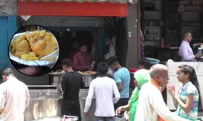 Up Kachori Seller Earns Over Sixty Lakh Annually And Gets Tax Notice--Up Kachori Seller Earns Over Sixty Lakh Annually And Gets Tax Notice-