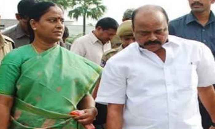 Konda Surekha Family Join In Bjp Soon- Telugu Political Breaking News - Andhra Pradesh,Telangana Partys Coverage Konda Surekha Family Join In Bjp Soon--Konda Surekha Family Join In Bjp Soon-