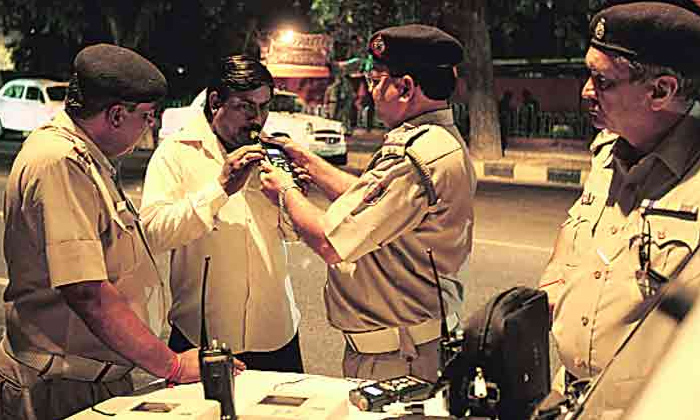 A Man Arrested In Drun And Drive-nakirekal Police Arrested A Man In Drunk And Drive,nalagonda Man-A Man Arrested In Drun And Drive-Nakirekal Police Drunk Drive Nalagonda