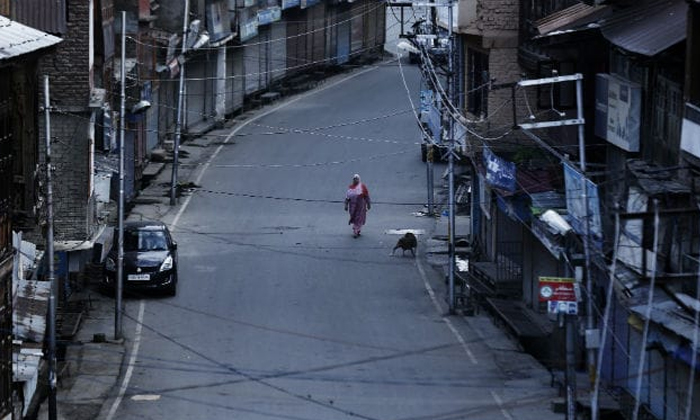 Charged By Telecom Companies Despite Blackout Says Kashmir People-despite Communication Blackout,kashmir People,telecom Companies,under Article 370-Charged By Telecom Companies Despite Blackout Says Kashmir People-Despite Communication Kashmir People Telecom Under Article 370