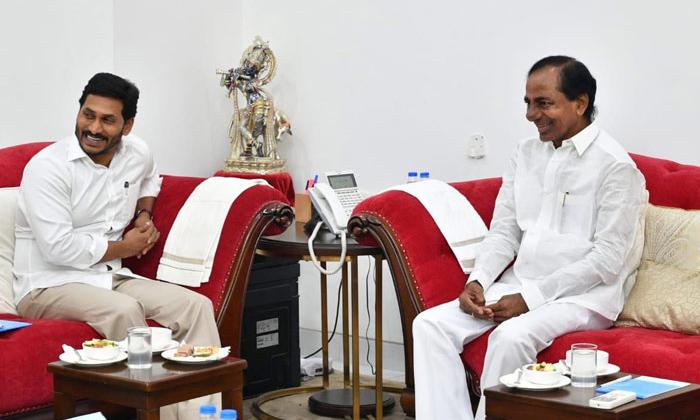 Telangana Cm For Thirumala Brahmootsavas-jagan And Kcr Attend The Tirumala Brahmootsavas,kcr And Jagan Do The Friendship In Continuee In Political Way,telangana Cm-Telangana CM For Thirumala Brahmootsavas-Jagan And Kcr Attend The Tirumala Brahmootsavas Kcr Jagan Do Friendship In Continuee Political Way Cm