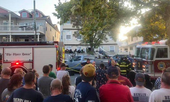 Three Levels Of Deck Collapse In New Jersey-injuring At Least 22,new Jersey,residential Building Collapsed,three Levels-Three Levels Of Deck Collapse In New Jersey-Injuring At Least 22 New Jersey Residential Building Collapsed
