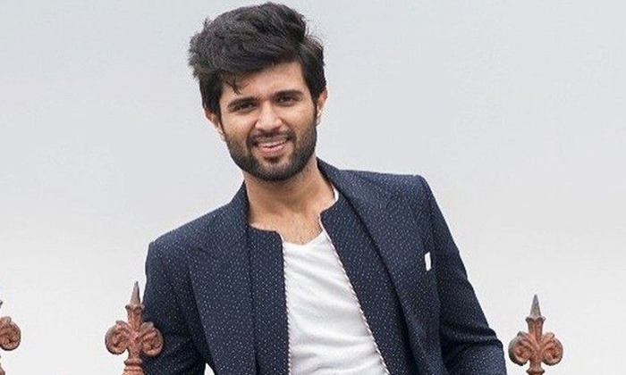 Vijay Devarakonda Next Movie Tittle Announce In Tomorrow 11 Am-geetha Govindham,vijay 9th Movie Tittle,vijay Devarakonda-Vijay Devarakonda Next Movie Tittle Announce In Tomorrow 11 Am-Geetha Govindham Vijay 9th