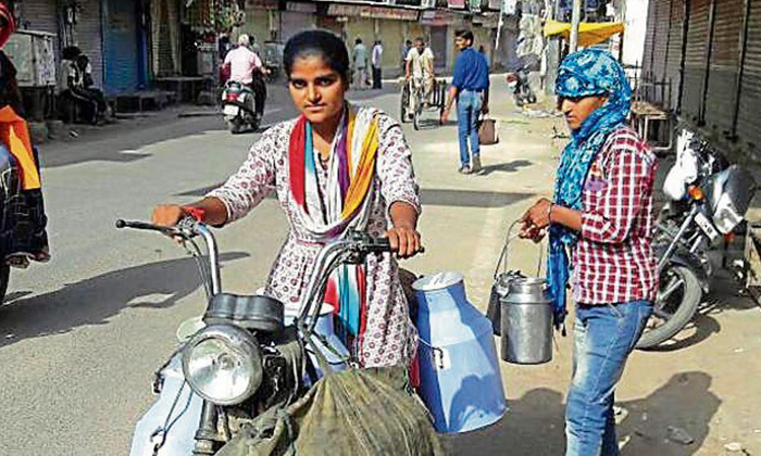 Neetu Sharma Father Had No Money For Education, So This Girl Turned In To Milk Maid For Money-neetu Sharma,neetu Sharma Father Had No Money For Education,rajasthan State,so This Girl Turned In To Milk Maid For Money-Neetu Sharma Father Had No Money For Education So This Girl Turned In To Milk Maid Money-Neetu Neetu Rajasthan State