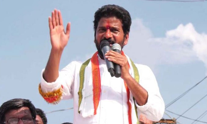 Revanth Reddy Comments On Kcr Family-harish Rao,revanth Reddy,telangan Cm Kcr-Revanth Reddy Comments On KCR Family-Harish Rao Revanth Telangan Cm Kcr