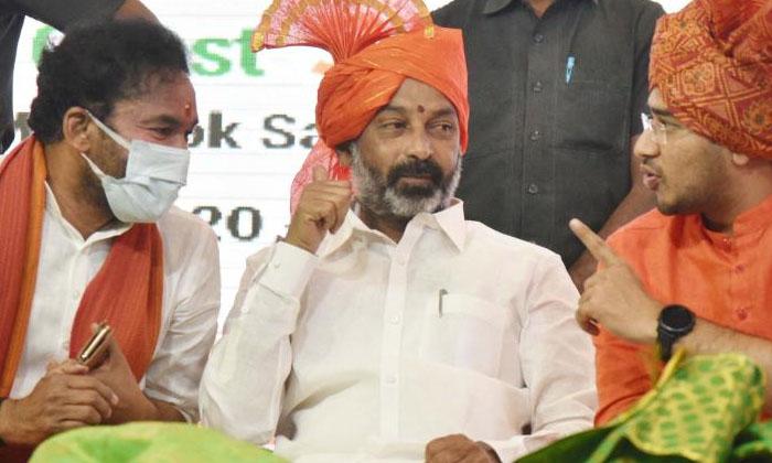 Will This Party Get A Big Blow With Sharmilas Party-షర్మిల పార్టీతో ఈ పార్టీకి పెద్దదెబ్బ తగలనుందా-Latest News - Telugu-Telugu Tollywood Photo Image-TeluguStop.com