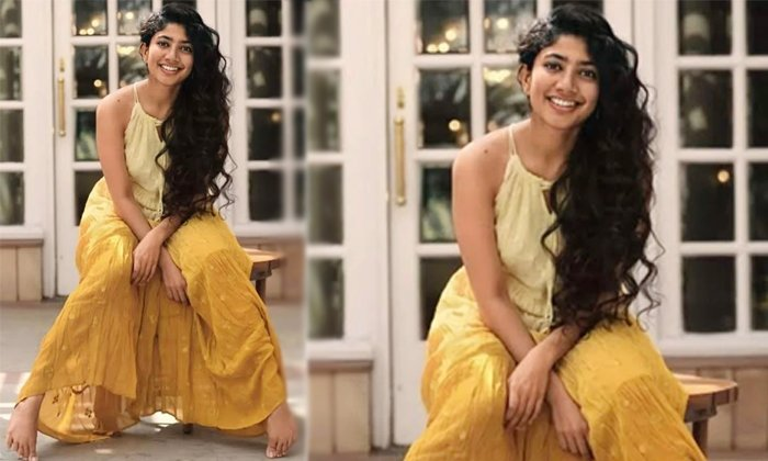 Telugu Hero Rana, Love Story, Love Story Movie, Nagachaitanya, Sai Pallavi, Sai Pallavi Traditional Smile, Sai Pallavi Viral Photo, Sekhar Kammula, Tollywood, Traditional Look, Venu Udugula, Virataparvam-Movie