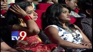 Best Female Anchor Award for Anasuya @ TV9   TV Awards Photo Image Pic