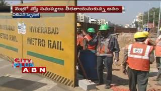 Traffic troubles bothers Hyderabad Citizen because of Metro (07-10-2016)