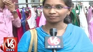 Huge Rush For Shopping At Madina Market In Old City | Hyderabad | V6 News. Photo,Image,Pics