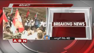 Cauvery water Row | Opposition parties continue Rail roko protests on second day