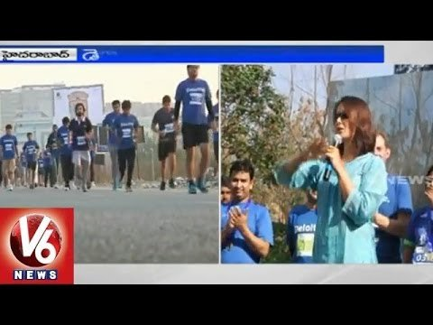 MP Kavita and Actress Amala Akkineni starts Green run and 10k Run events (22-02-2015) Photo Image Pic