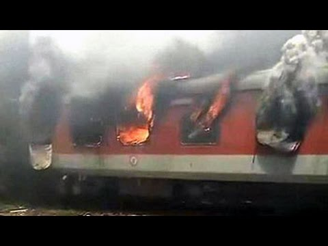 Fire on 2 Rajdhani Express trains at New Delhi railway station; no casualties Photo Image Pic