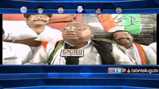 Running Commentary – Hanumantha Rao attacks CM KCR (27-08-2015) Photo Image Pic